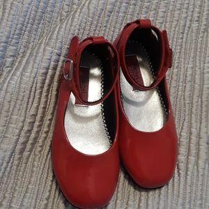 Rachel shoes girl